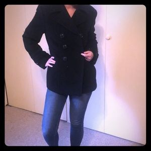 Gorgeous Black Wool Peacoat